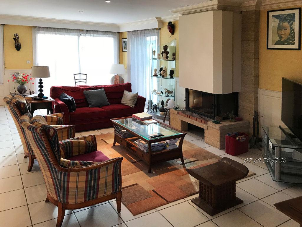 Maison La Richardais 5 pièce(s) 170 m2