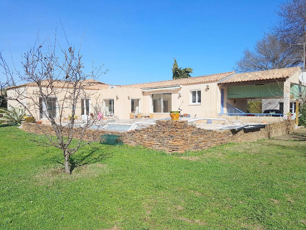 Montpellier Nord  Villa  170 m2 sur 3700 m2  plat arboré