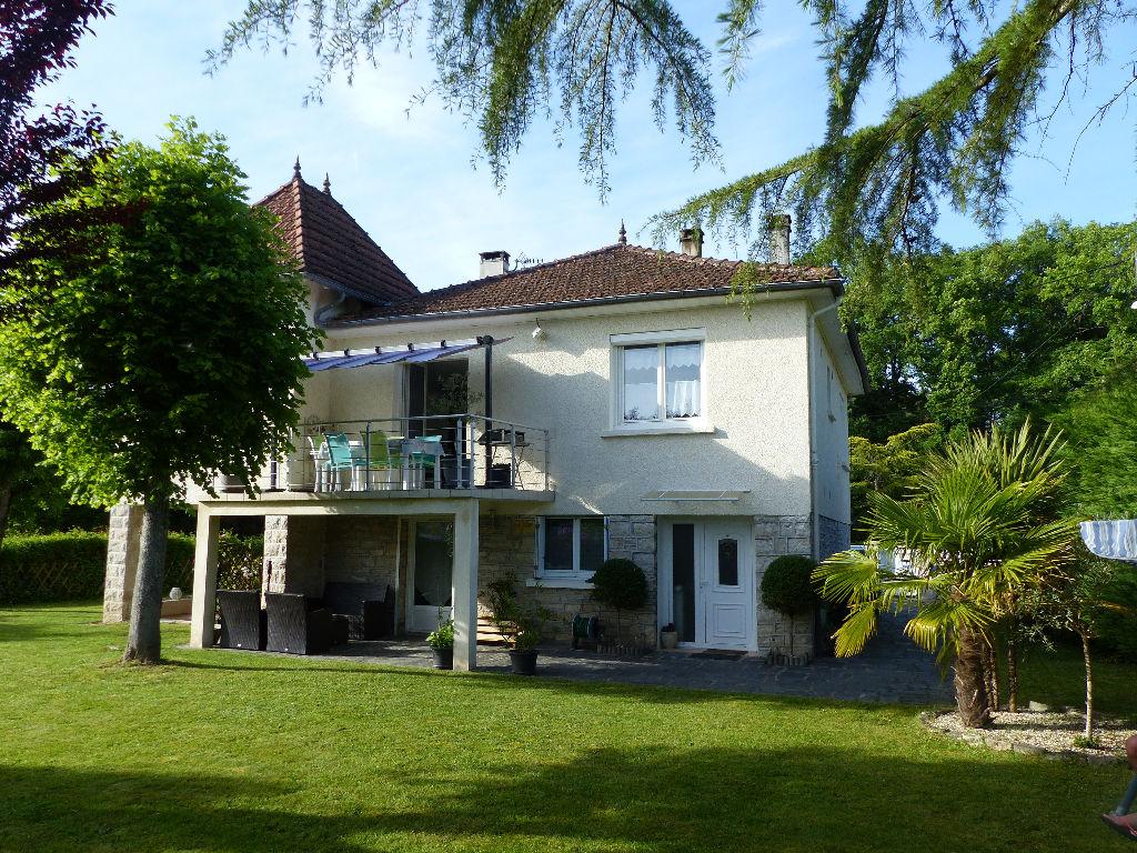 Maison 19600 Saint pantaléon de Larche 134 m2