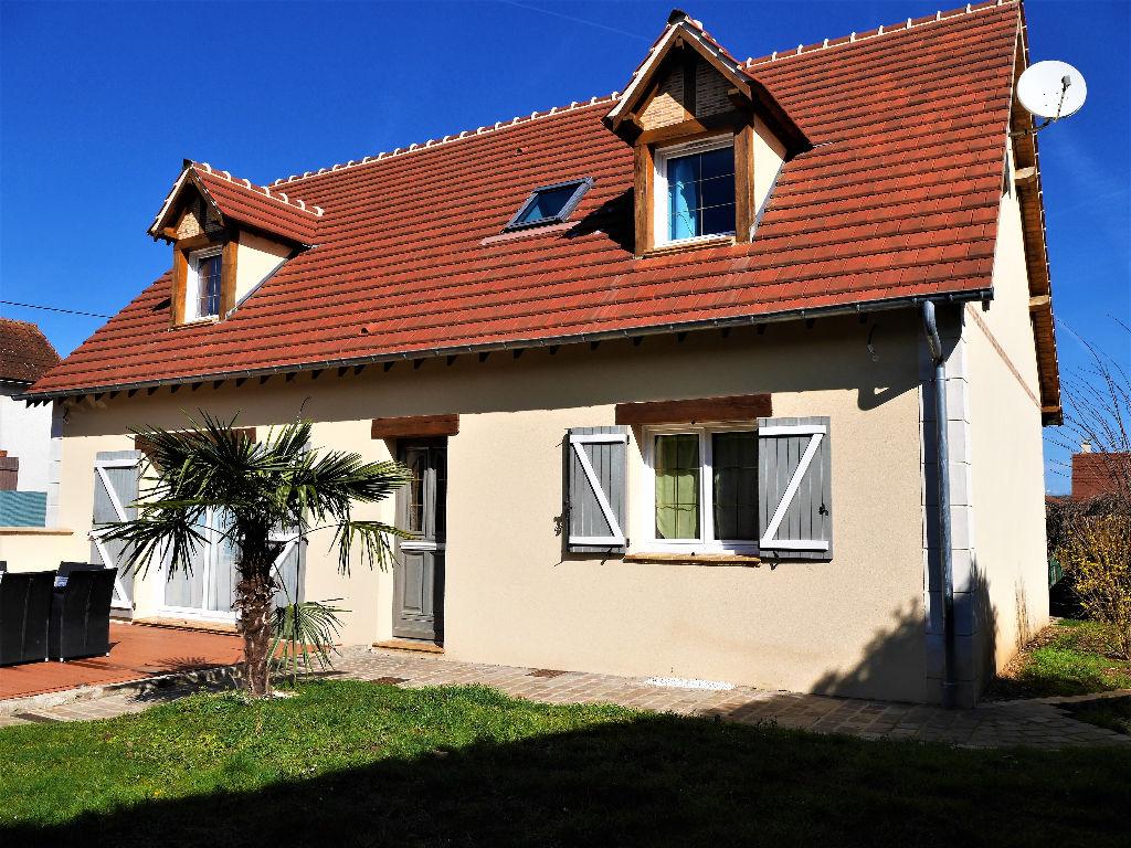 Maison  4 chambres 150 m2 proche Dreux