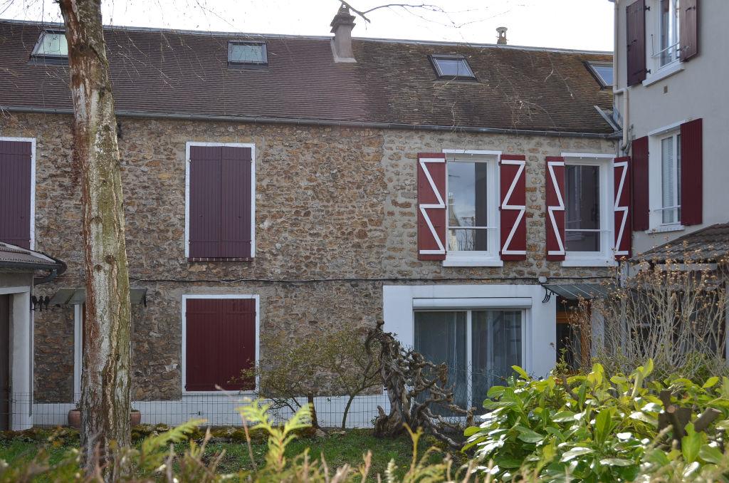 91700 - Sainte Geneviève des Bois - Maison de 85 m²