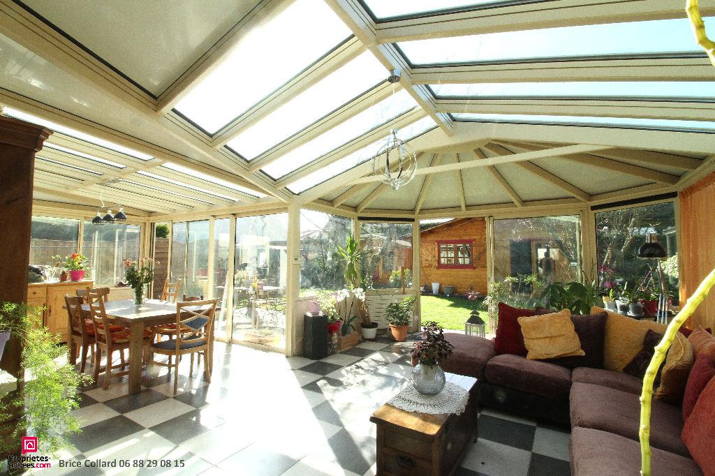 Maison 60300 Senlis 140 m2 avec garage et véranda