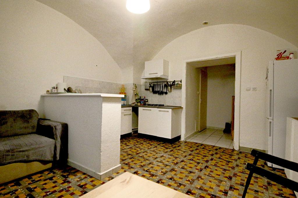 Maison Vendemian 9 pièce(s) 199 m2