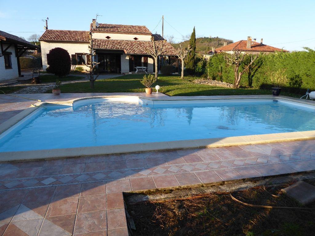 47380 Aquitaine Maison /Villa 8 pièce(s) 187 m2 Villeneuve sur loT