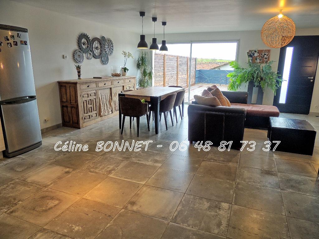 Maison Vallet 112m², 4 pièces, garage
