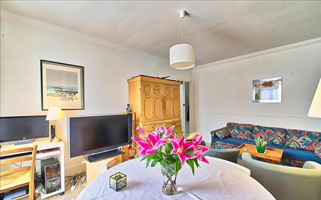 Appartement - 4 pieces - 77 m2 - en centre ville