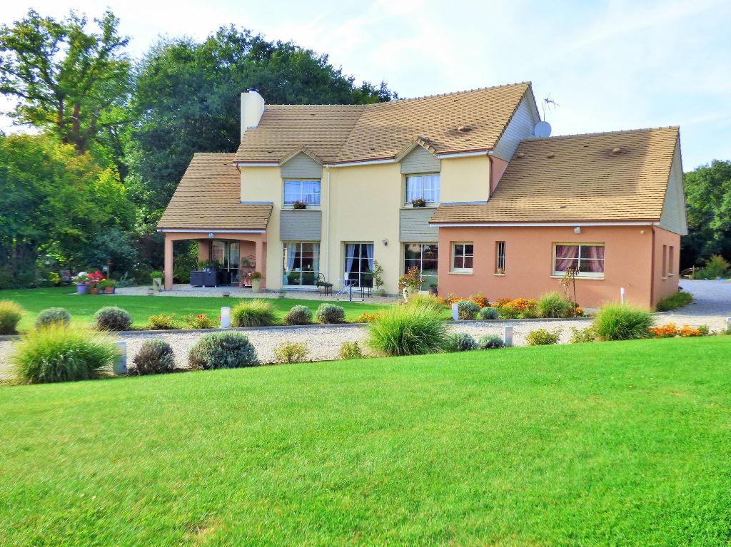 Maison Sacquenville 8 pièces 253.27 m2 avec Piscine Couverte