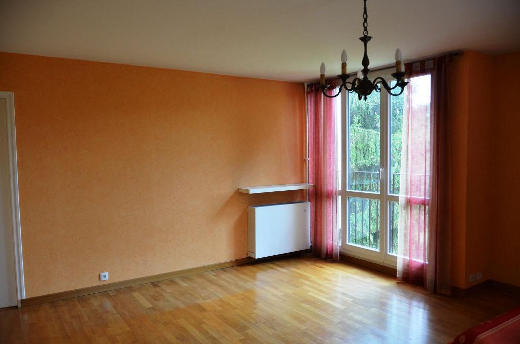 Appartement - 80m² - 3 chambres - ARPAJON (91290)