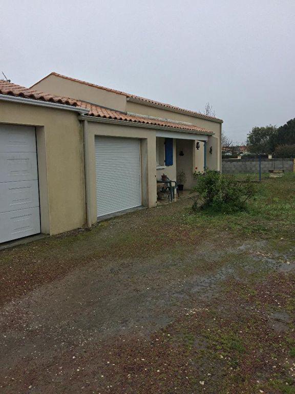 Agréable Maison 6 Pièces sur le CHÂTEAU D'OLERON, sur la très belle Île d'Oléron
