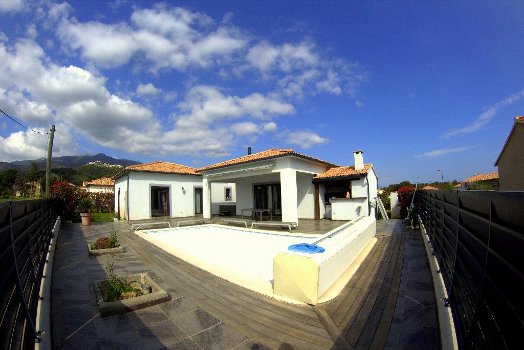 Villa Lucciana 5 pièce(s) 176 m2