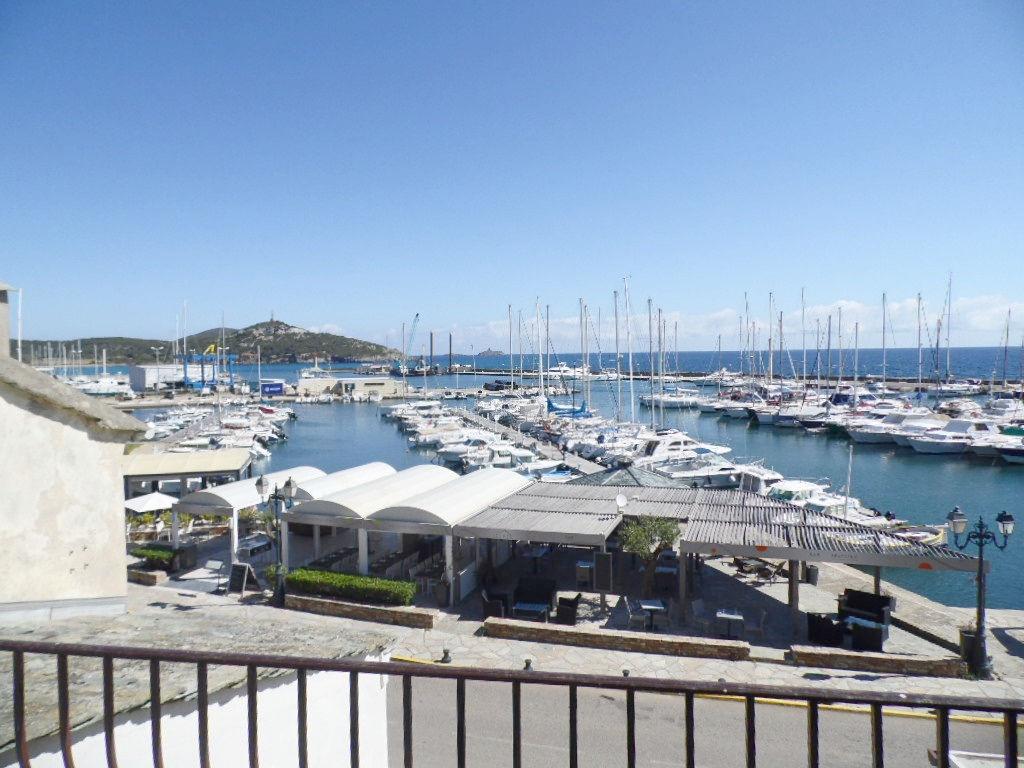 Maison belle vue Mer Port de Macinaggio
