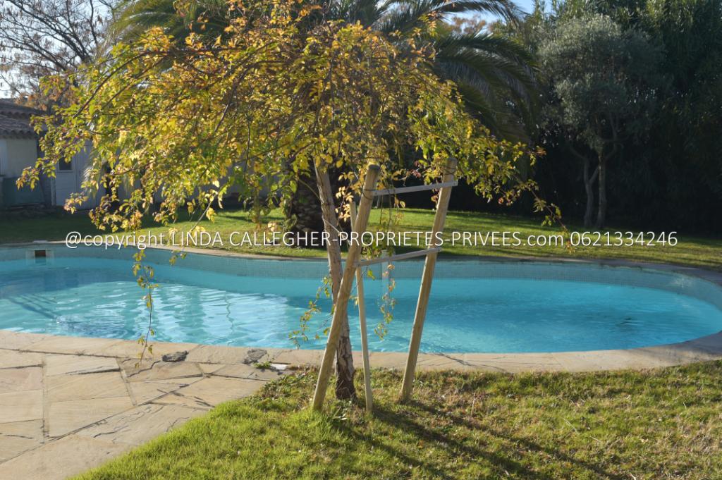 Villa de 230m2 avec piscine et 5 chambres à Pézenas