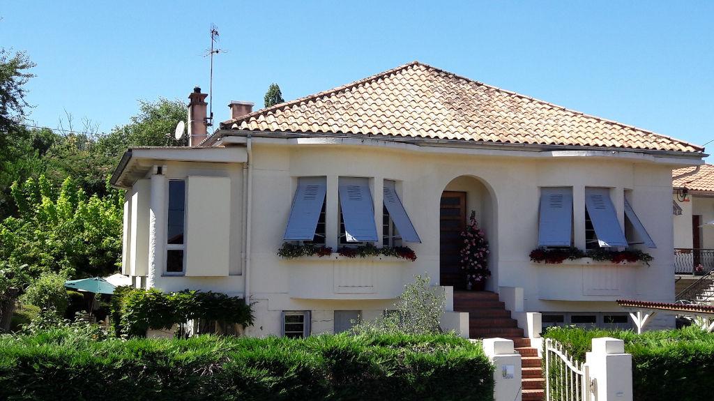 Maison Montpon Menesterol - 6 pièce(s) - 3 chambres - 170 m2