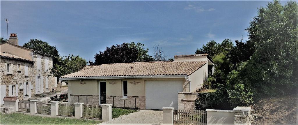 Propriété d'agrément 24230 Montcaret 7 pièce(s) 200 m2 +dépendances et piscine