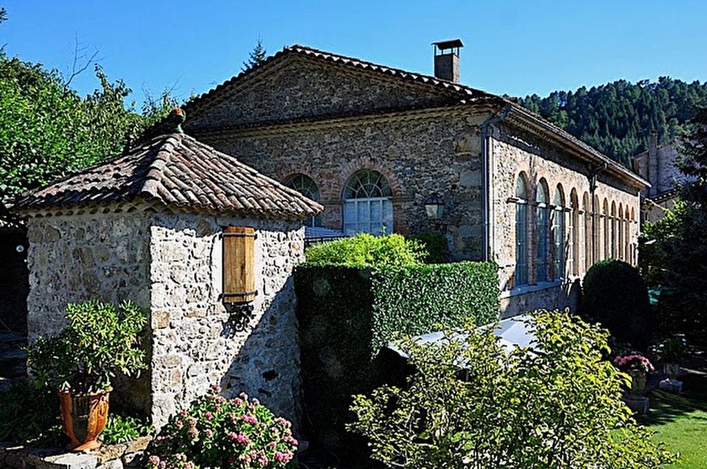 Maison Lasalle 10 pièce(s) 2000 m2