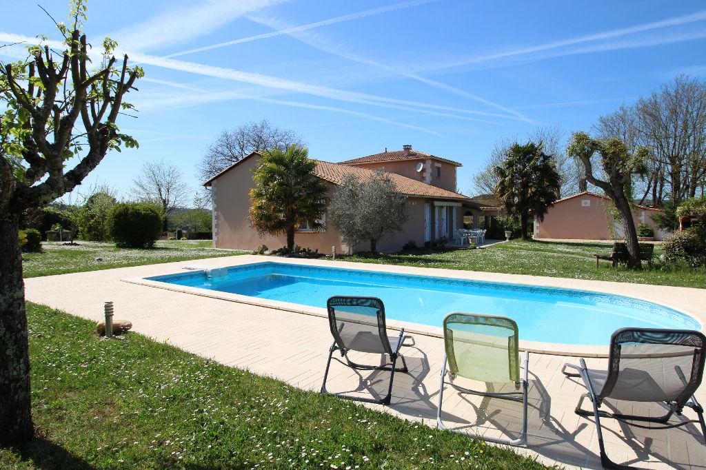 Maison 172 m2 avec piscine