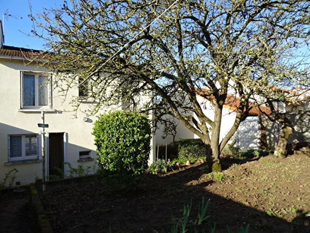 Maison Cholet 6 pièce(s) 86 m2