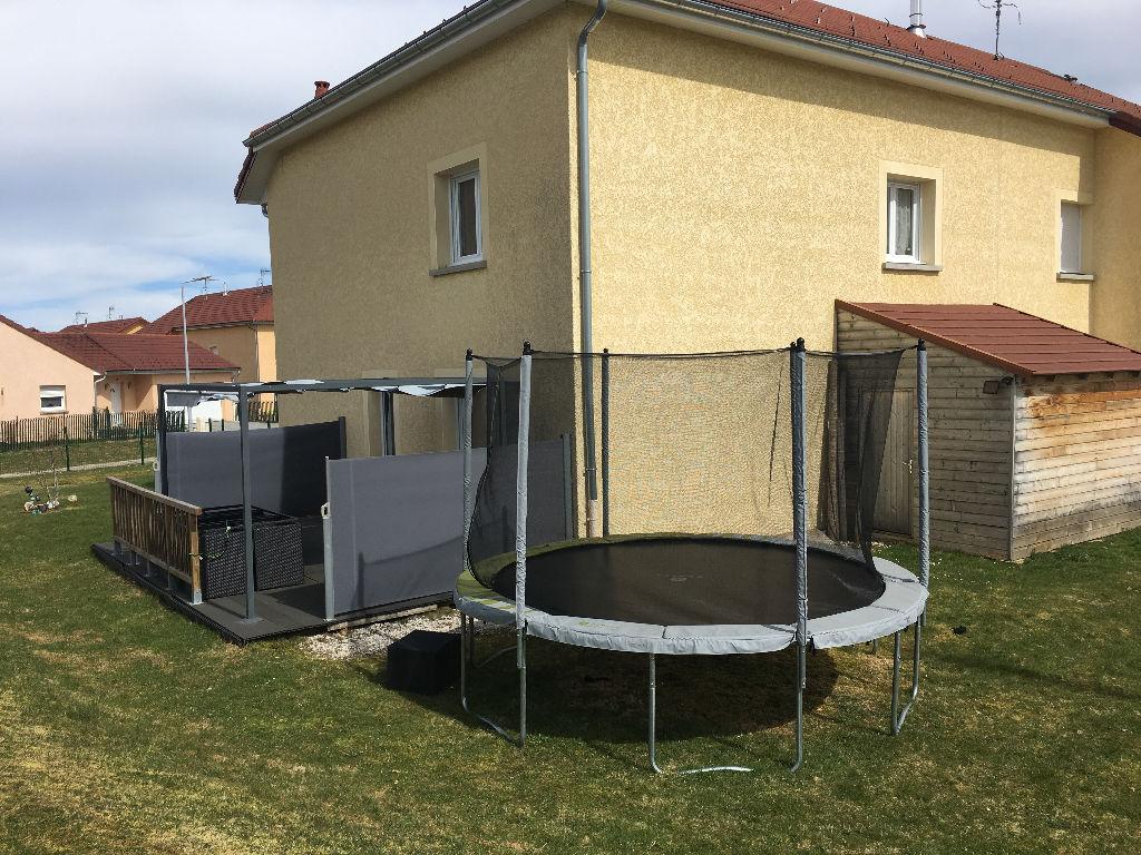 39150 Saint Laurent- maison 116m² - 4 chambres - Jacuzzi - garage - terrain avec pergola - 219000