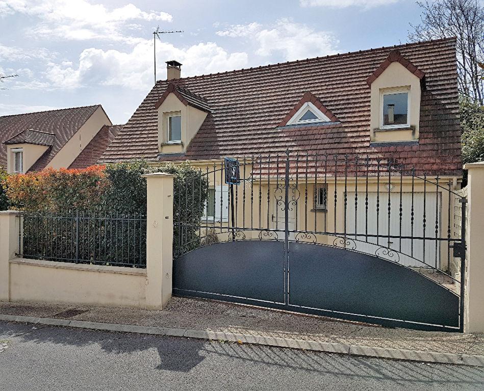 91330-Yerres- Maison 5 pièces-3 chambres / terrain de 502 m²