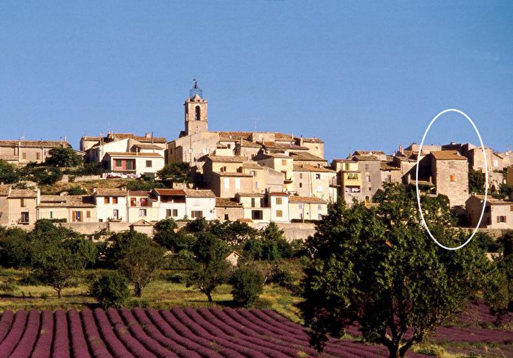 Maison de Village é chambres 100 m2 Puimoisson (04)