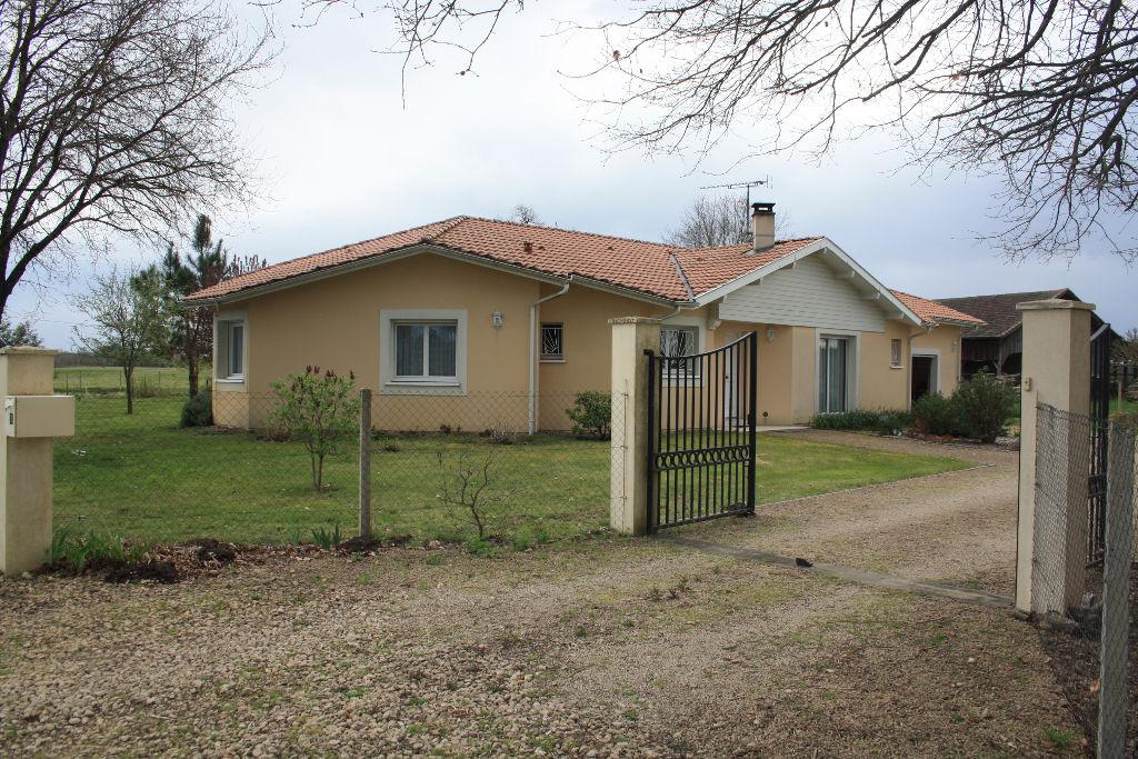 Maison Saint Yaguen 4 pièce(s) 110 m²  a 15 minutes de Mont de Marsan