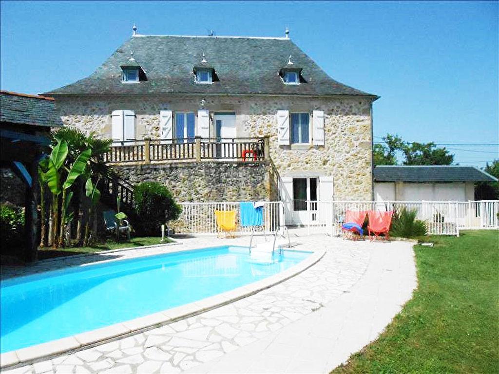 Maison en pierre 5 pièce(s) 180 m2