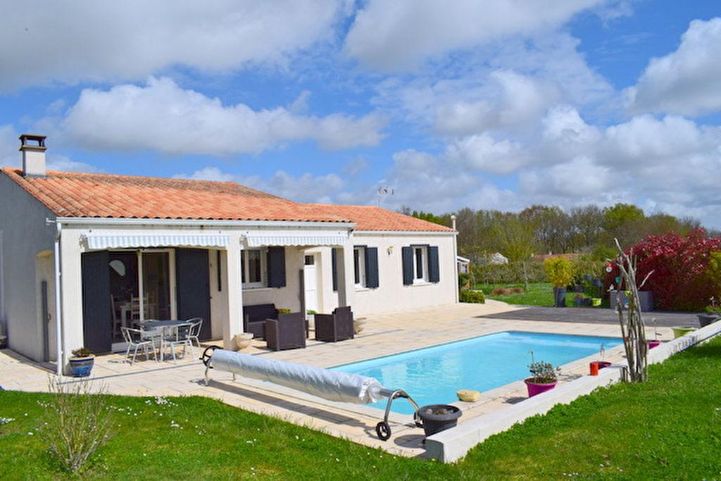 Villa à Grezac 6 pièce(s) 110 m2
