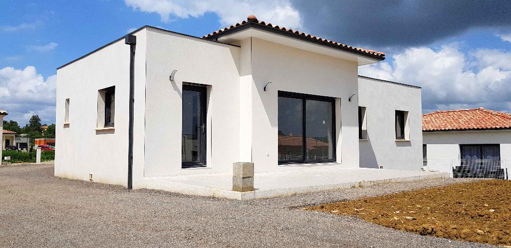 Villa neuve, 3 chambres, 101m², 640m² de terrain
