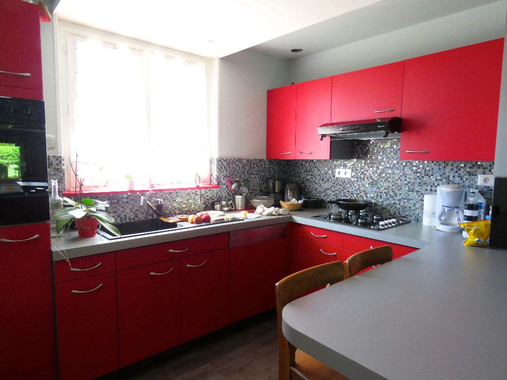 Maison Les Sorinières - 4 chambres - 110 m2 + véranda + garage