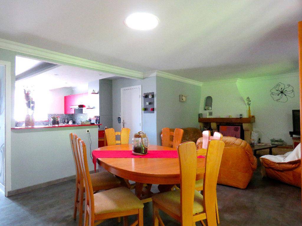 vente maison 110 m les sorinieres 44840. Black Bedroom Furniture Sets. Home Design Ideas