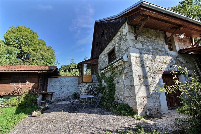 Maison en pierres 70 m² 74270 VANZY
