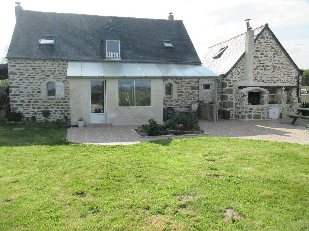 Maison Belle Isle En Terre 11 pièce(s) 208 m2