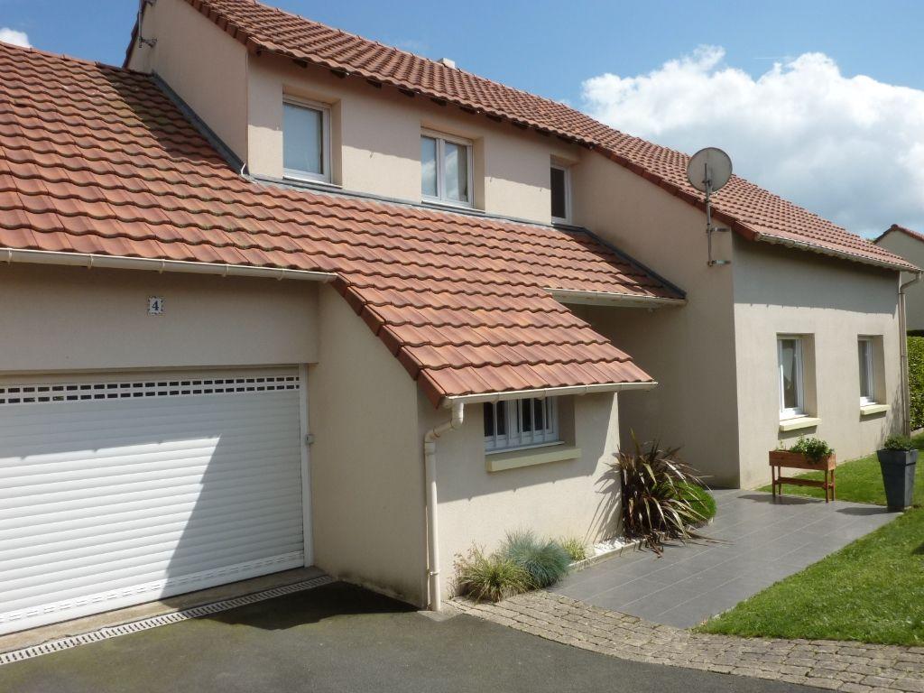 Maison Cholet 7 pièce(s) 175 m2