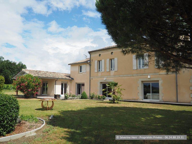 Domaine viticole - 7 piece(s) - 240 m2