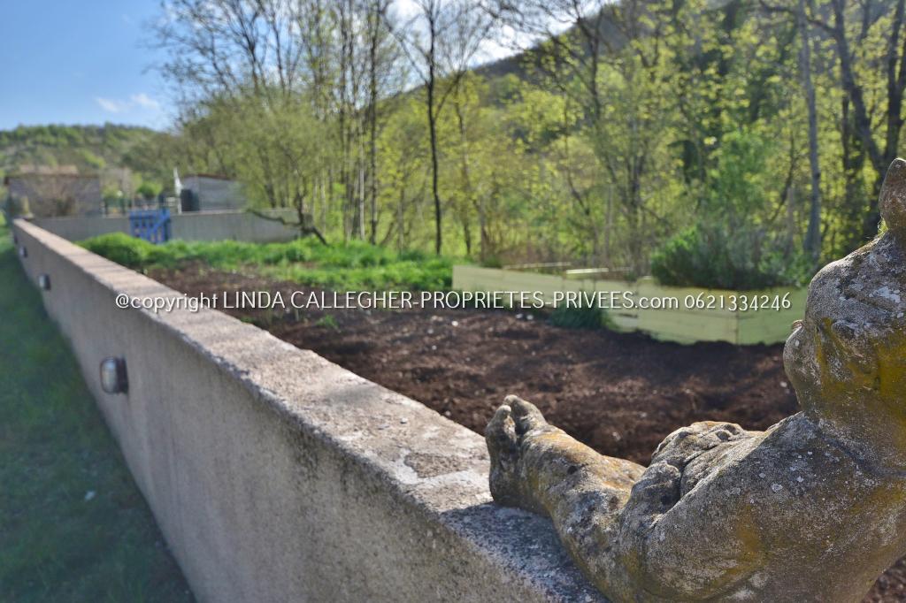 Jolie maison indépendante avec terrain près de LODEVE 34700