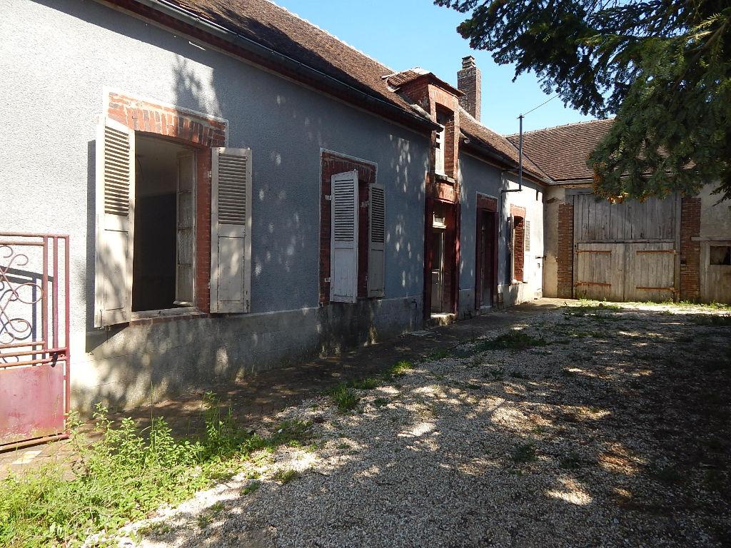 Maison Thorigny Sur Oreuse 2 pièce(s) 85 m2