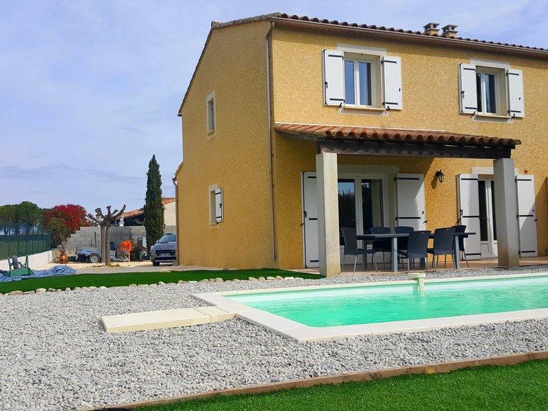 villa 98m², piscine, sur 500m²