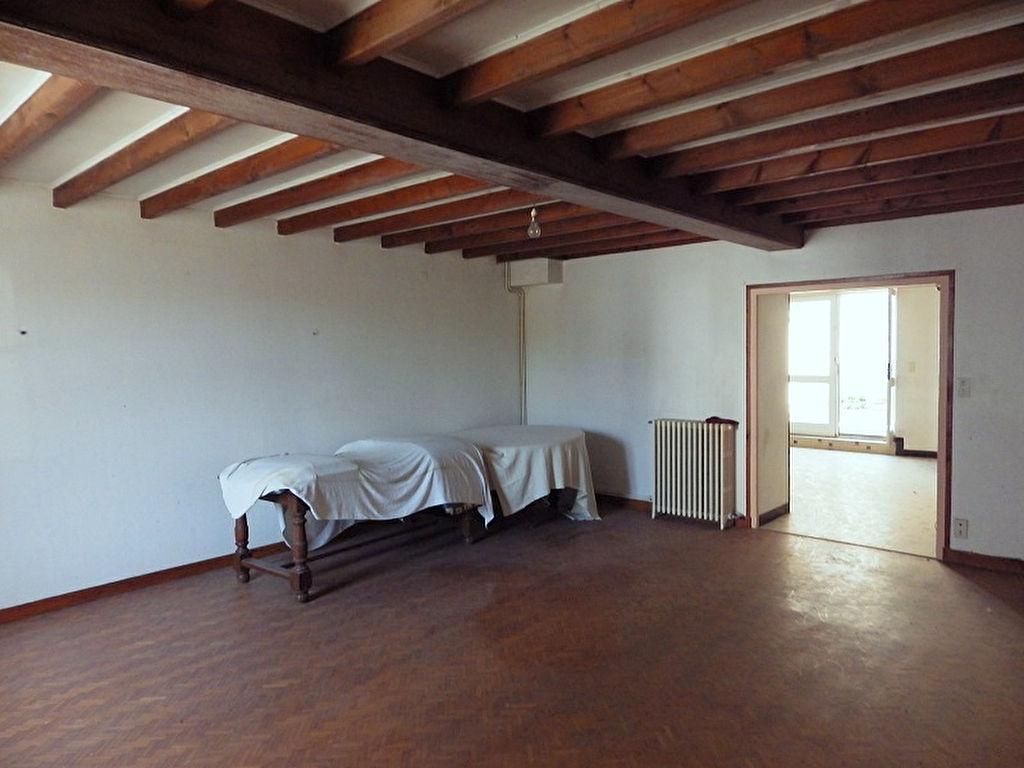 Fort Potentiel Maison à rénover 9 pièce(s) 240 m2