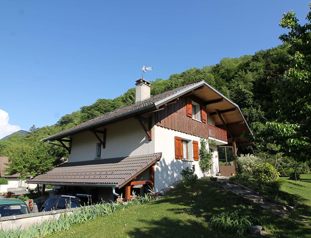 Maison - Faverges (74210) - 310 000  - 4 chambres - 121 m² environ