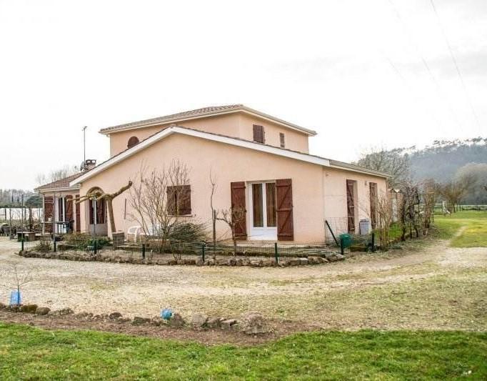 Maison contemporaine 10 pièce(s) 213 m2
