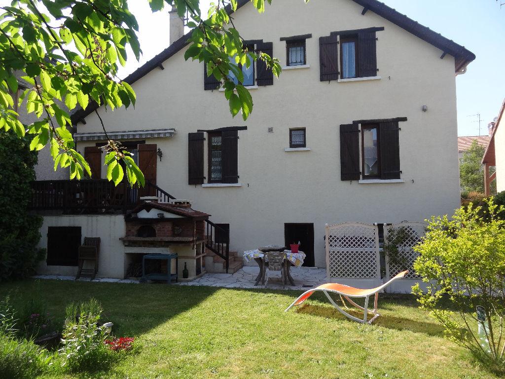 Maison à Livry-Gargan