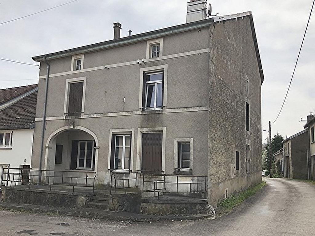 Maison Saint Thiebault 7 pièce(s) 130 m2