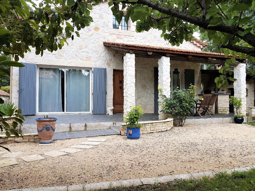 Maison en Pierres a SAINT  PRIVAT DES VIEUX