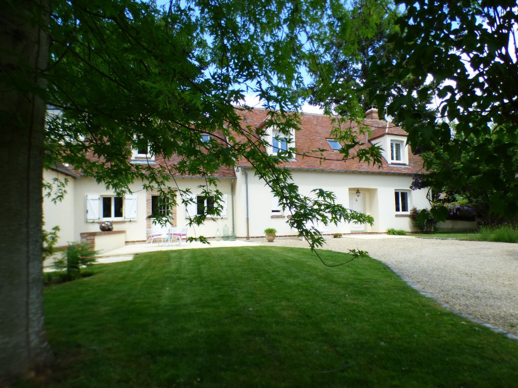 ILLIERS L EVEQUE 27770 - 1 étage - 4 chambres - 153 m² - Dépendances - Terrain - 395 000  HAI