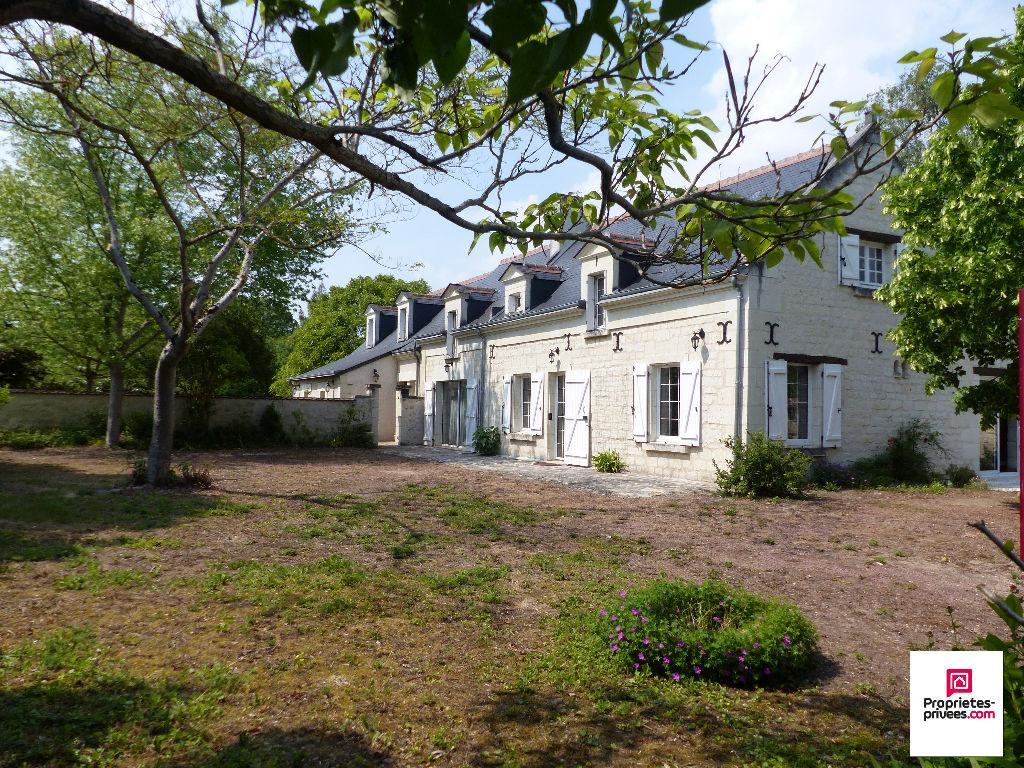 Maison Ancienne Savigny en Veron 7 pièce(s) 200 m2