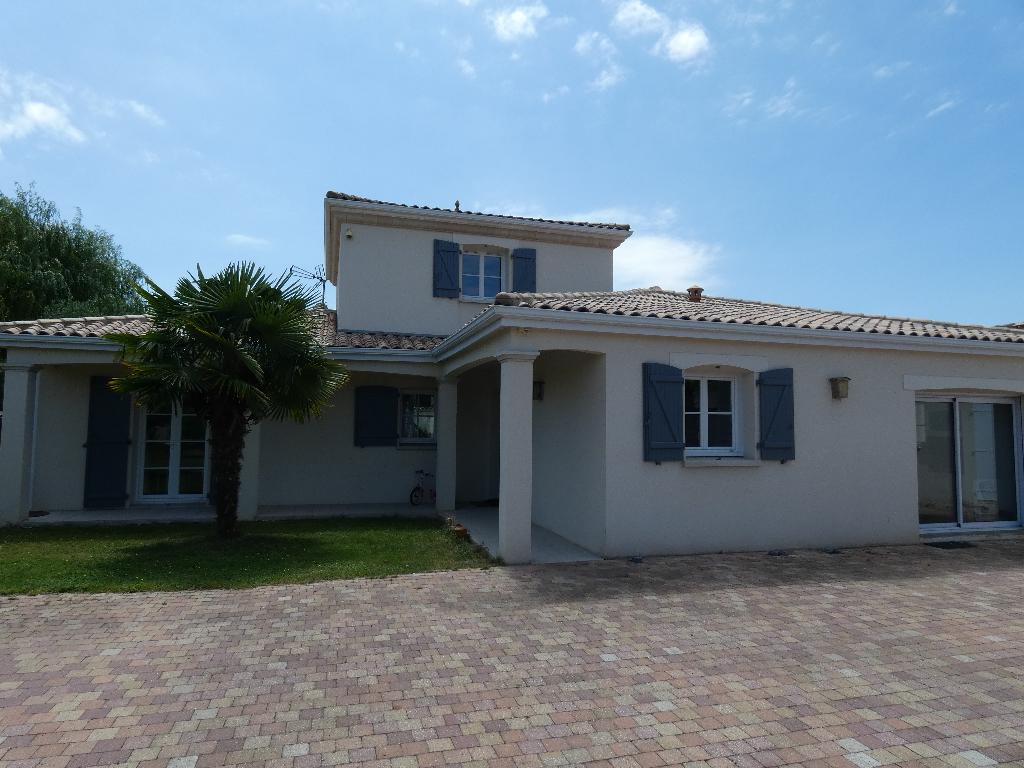 Maison La Rochelle 6 pièce(s) 165 m2