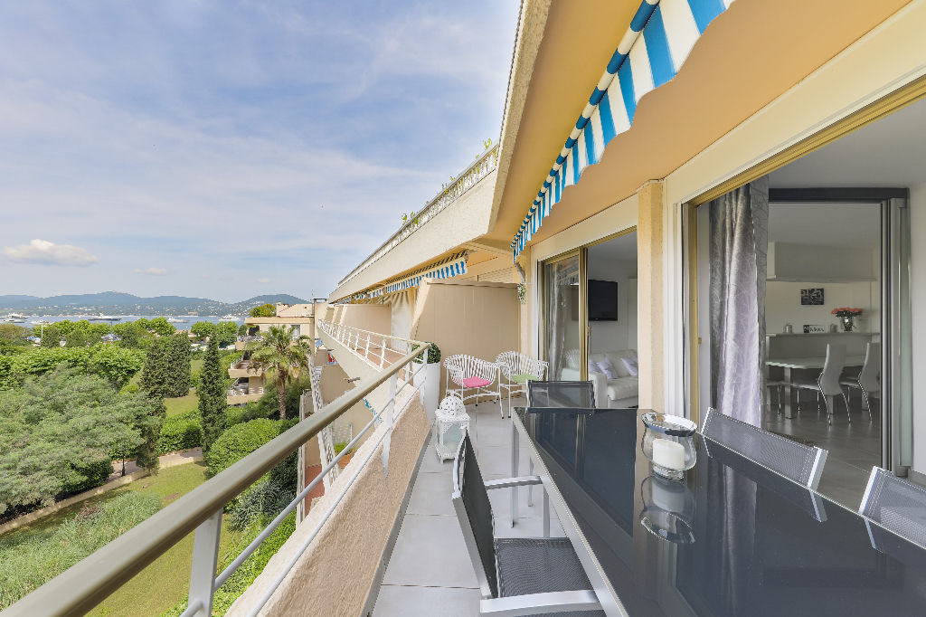 Appartement 2 terrasses très belle vue mer dans centre ville de Saint Tropez, 2 pièces, 42 m2