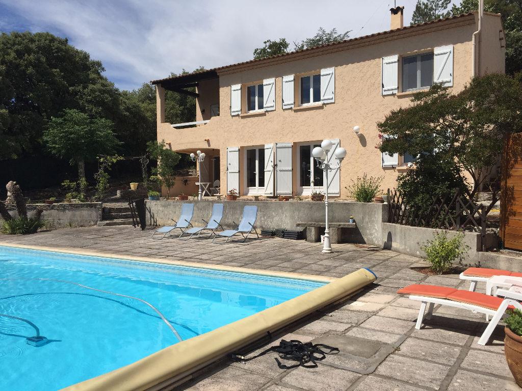 Villa La Boissiere 8 pièce(s) 252 m2