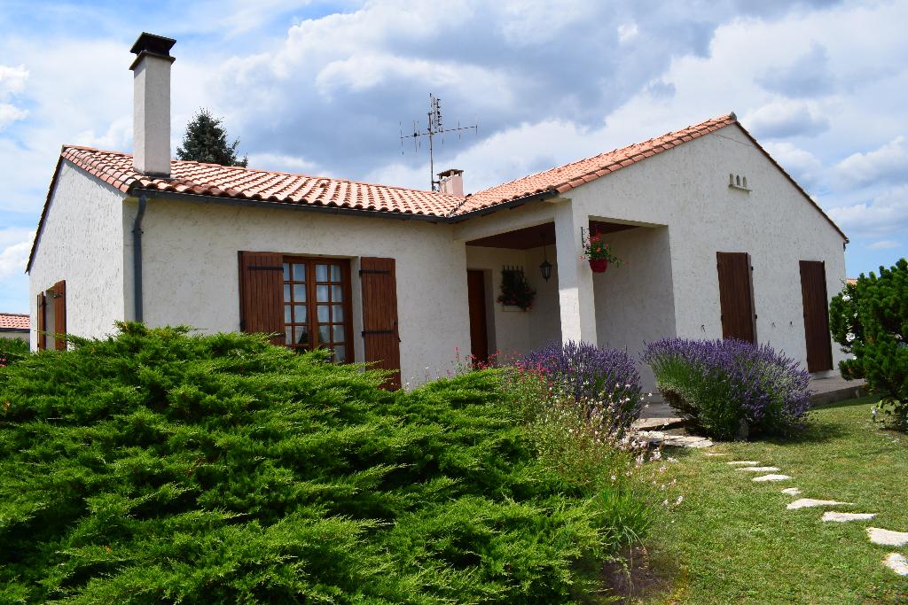 Maison Semussac 4 pièce(s) 100 m2