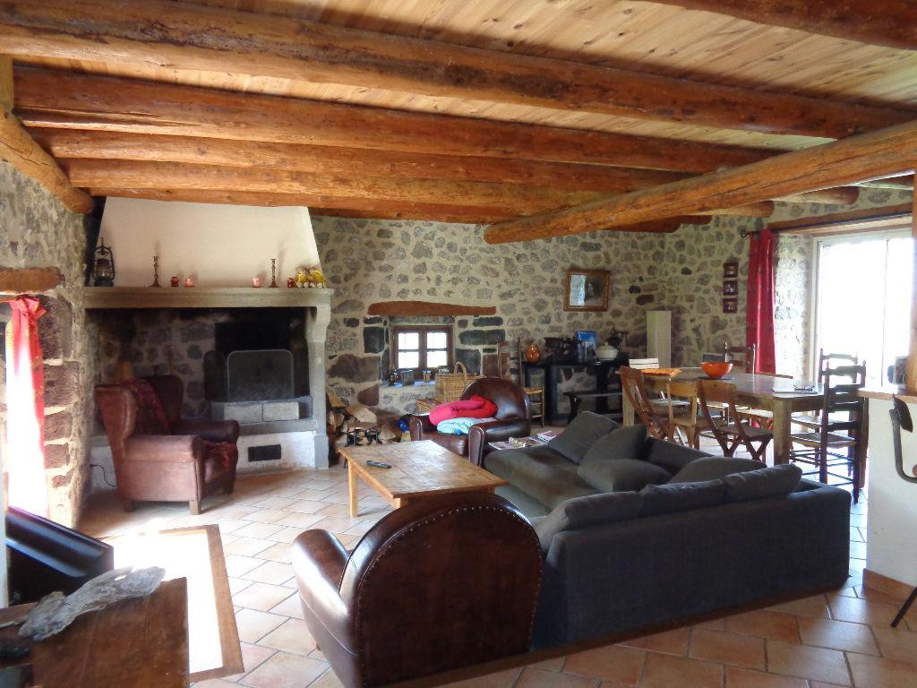 Monistrol d'Allier (43) maison de campagne 150 m2 habitables sur 450 m2